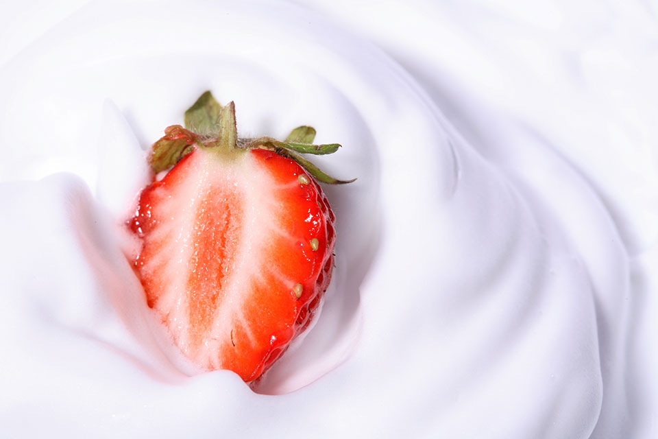 Yogurt and Fruit Help Promote Weight Loss