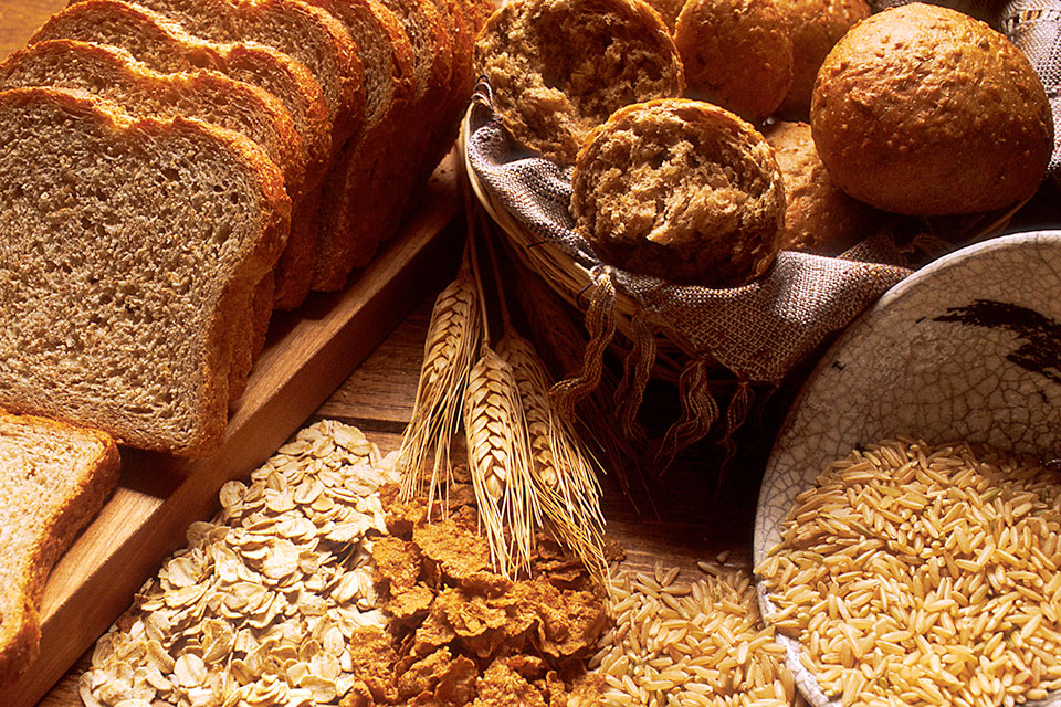 How Many Carbohydrates Should You Eat Per Day?